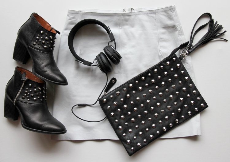 fashion_look_bnw_pairing_zara_boots