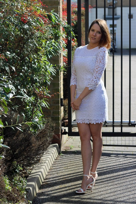 the_coup_fashion_blog_goldie_crochet_dress_3
