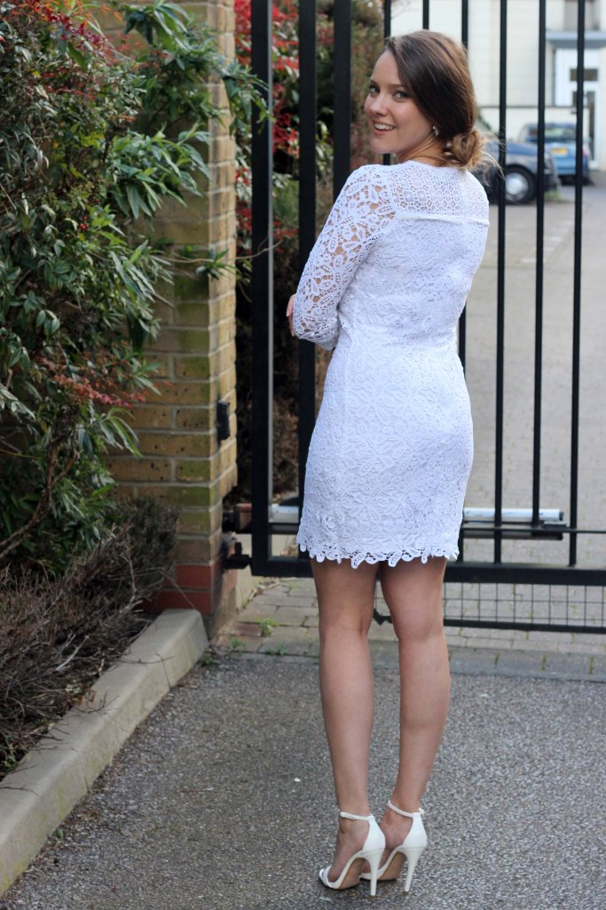 the_coup_fashion_blog_goldie_crochet_dress_5