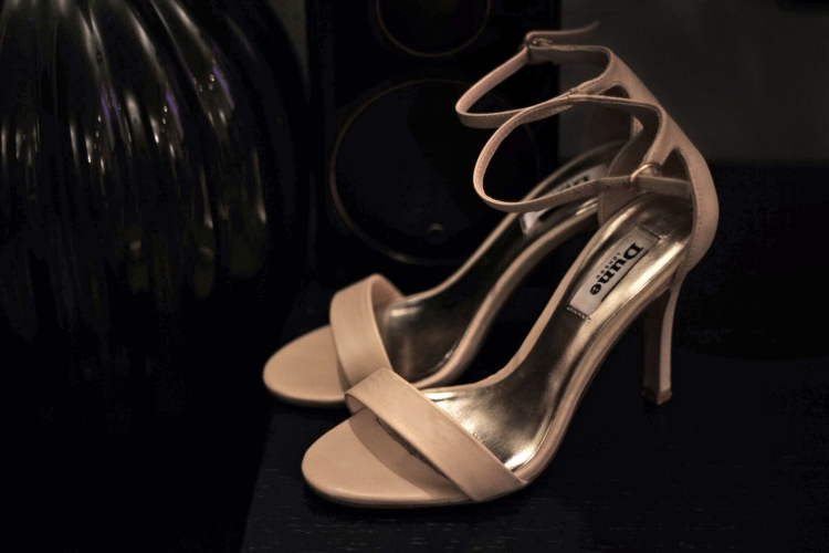 Dune_hydro_nude_heels_the_coup_fashion_blog