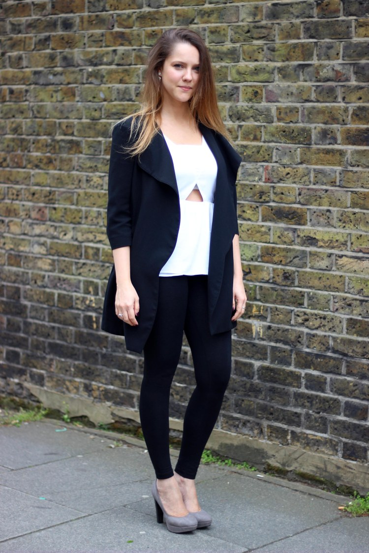 River_island_coat_leggins_heels_outfit