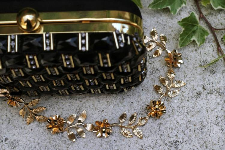accessorize_black_gold_clutch_the_coup_2