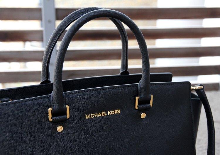 michael-kors-selma-bag-the-coup-1
